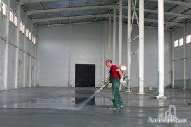 Заливка бетонного пола складской части комплекса