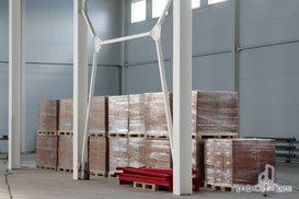 Металлические стеллажные конструкции склада
